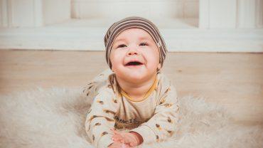 Sonhar com fezes de bebê