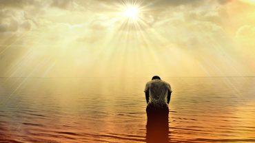 Oração de São Miguel Arcanjo defendei nos no combate