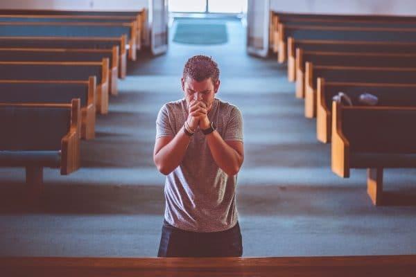 Oração de São Cipriano para ficar invisível