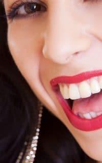 dente podre caindo