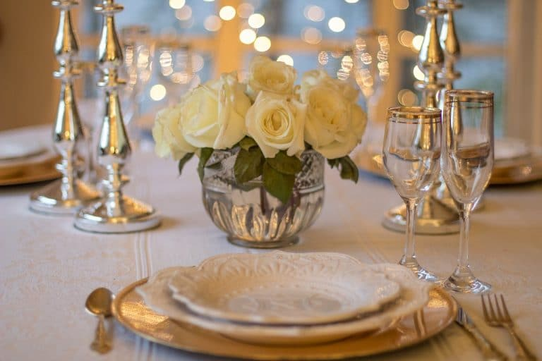Sonhar com festa de casamento