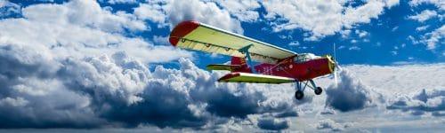 O que significa sonhar com avião caindo
