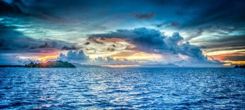 Agua limpa do mar
