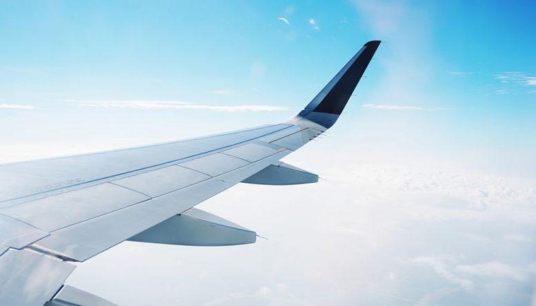 Sonhar com viagem de avião