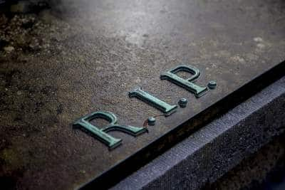 O que significa sonhar com morte de parente