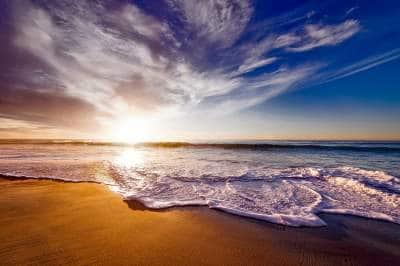 O que significa sonhar com ondas gigantes