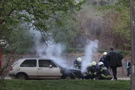 Carro ardendo