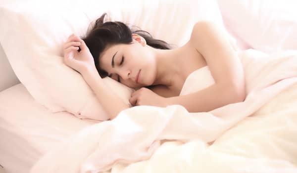 sentir presença de espíritos enquanto dorme